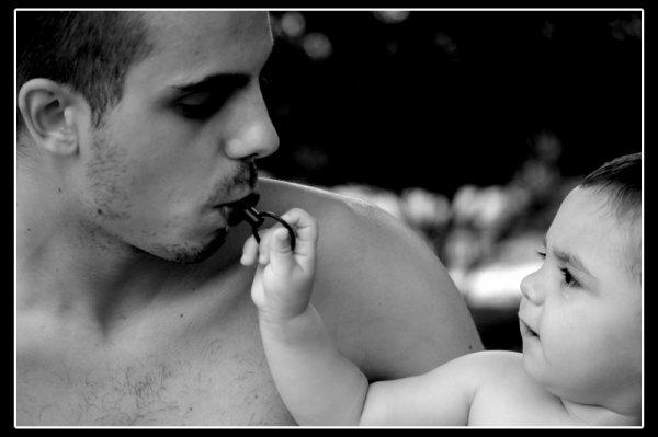 L'enfant est peut être la clef du bonheur.
