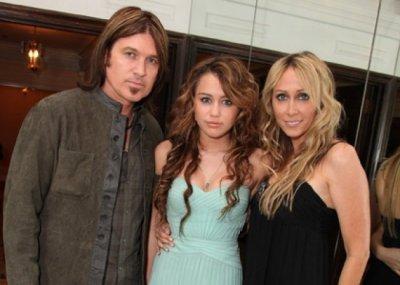Miley Cyrus : Ses parents déménagent