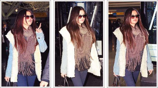 Candids: Selena arrivant à l'aéroport de New York !
