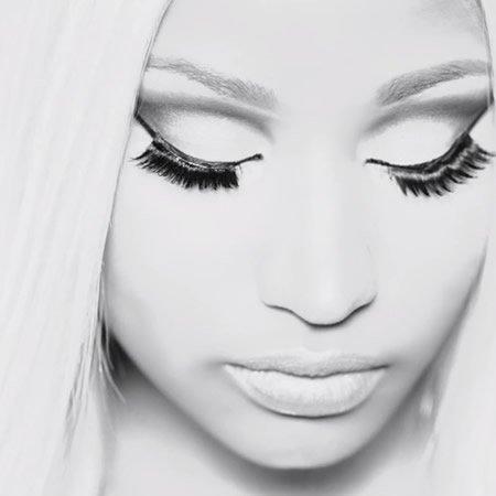 """Nicki Minaj dévoile le titre inédit """"Boss Ass Bitch"""" ft Ptaf"""