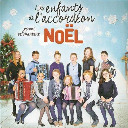 Les enfants de l'accordéon jouent et chantent Noël