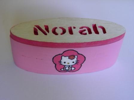 "La boite à dent ""Hello Kitty""."