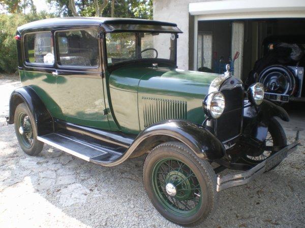 FORD A type Tudor Sedan 1930