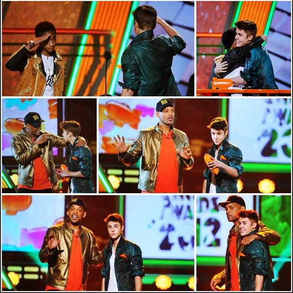 ▪EVENTS - Justin était présent le 31 mars à la cérémonie des« Kids Choice Awards 2012» ! T/F