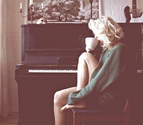 """""""L'amour parfois c'est aimer quelqu'un qui ne vous aimera jamais"""""""