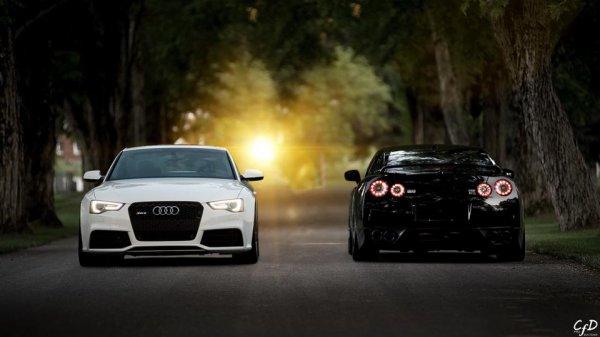 Audi A3 et Nissan GTR Spec V