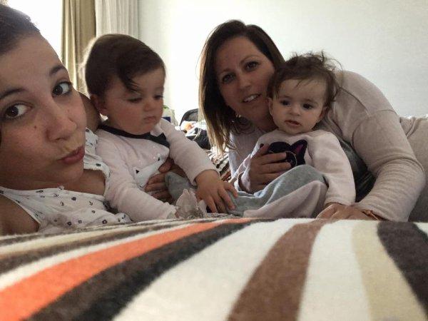 NEVEUX        ET NIECE  ET LEUR  PETITE FILLE ET  FAMILLE   EN ESPAGNE