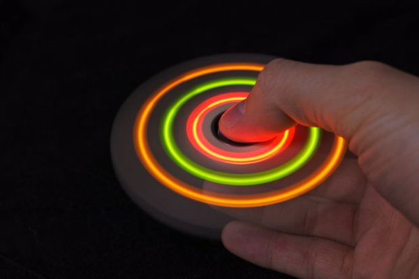 tuto fabique son DIY LED Spinner a moindre couuuu