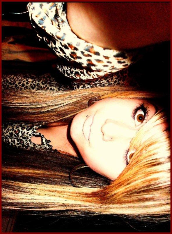 * * *      Une fille sage embrasse mais n'aime pas, écoute mais ne croit pas, et prend congé avant qu'on la quitte. * * * *