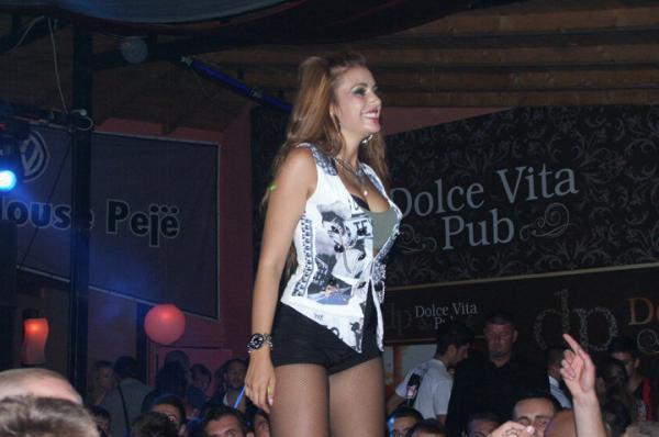Elvana Gjata