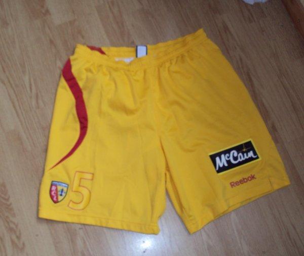 Short de Lens porté par Alaeddine Yahia saison 2009/2010 a vendre