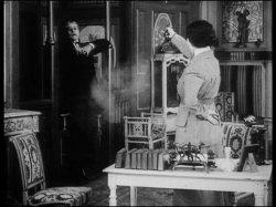 Les Vampires, épisode 6: Les Yeux qui fascinent