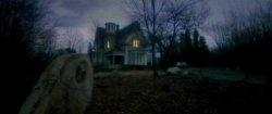 La Maison près du cimetière