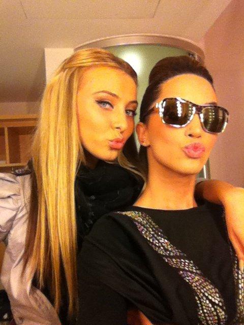 Dafina Zeqiri dhe Florenta Islami ( e dashura e Getit-Tingulli 3nt )