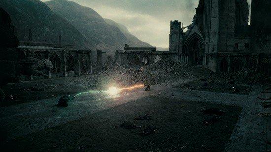 Photos du tournage de HP7.2 de Poudlard détruis