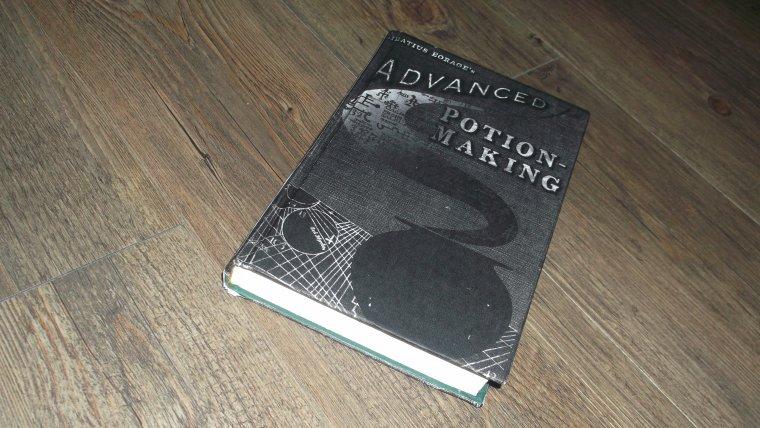 Mon livre des potion bye my !