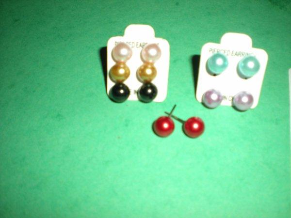 Lot de 6 paires de boucles d'oreilles : 5¤ TAILLE : 8 mm