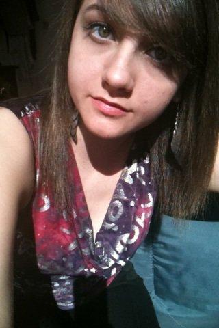 Je suis loin d'être belle mais au moins je suis moi ❤