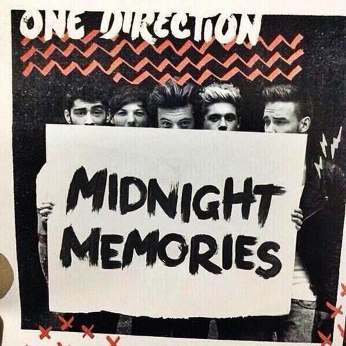 Pochette de Midnight memories : Larry. Analyse des places qu'ils occupent...