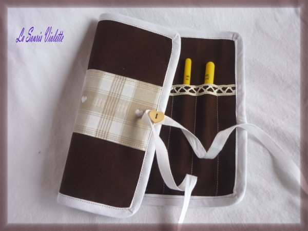 Pochette range-crochet