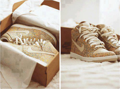 Nike Paillettes