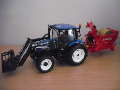 tracteur new holland t 6020 + pailleuse jeantil pr 2000