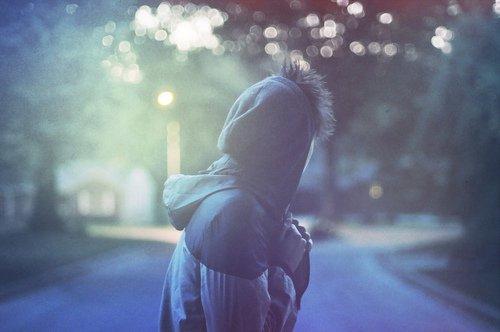On parle toujours du chagrin de ceux qui restent mais a-t-on déjà songé à celui de ceux qui partent ?