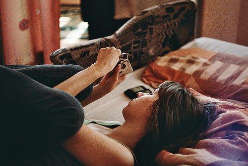 Quelques fois, tu dois laisser partir certaines personnes. Pas parce que tu arrêtes de les aimer, mais pour voir s'ils t'aiment assez pour revenir.