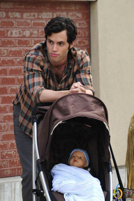 Dan Humphrey n'est pas le Père du Bébé (  Milo )  :D !!!!!