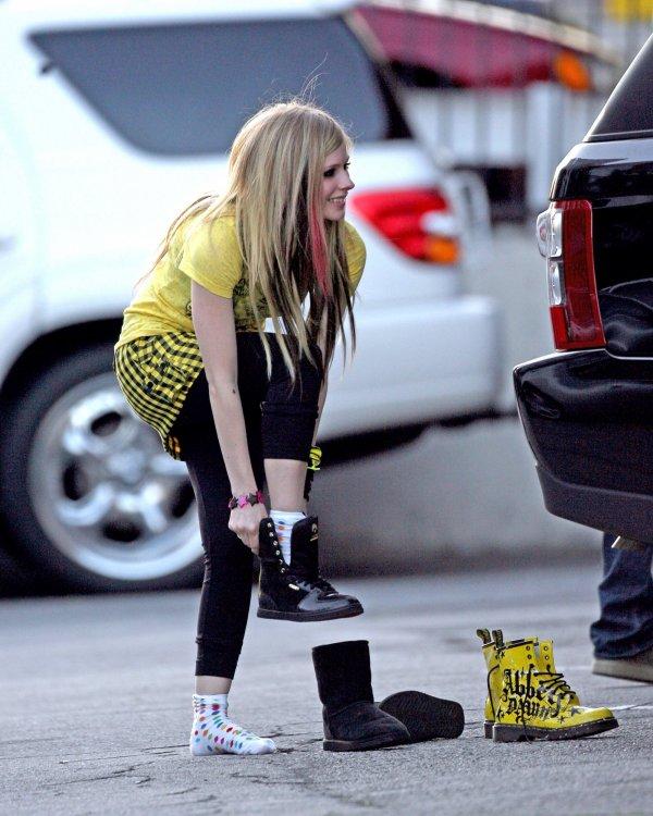Miss Avril Lavigne Love U So Much (l) xD
