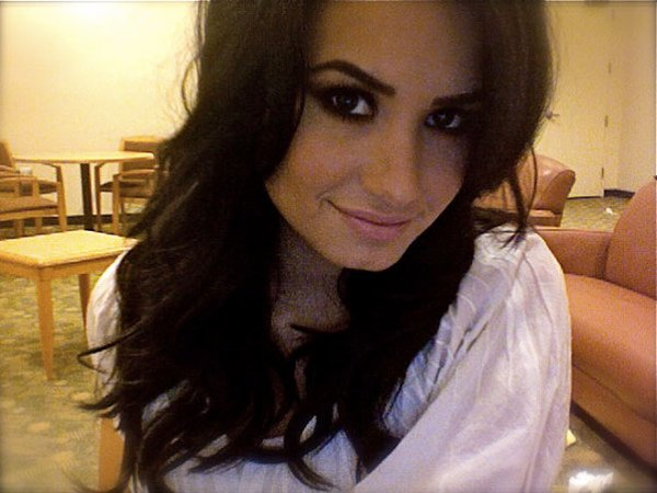 Re miss Lovato.
