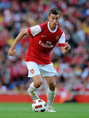 Arsenal toujours en course pour le titre en Premier League.