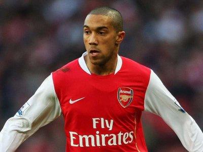 Arsenal se qualifie pour les 1/4 de finale de Cup.