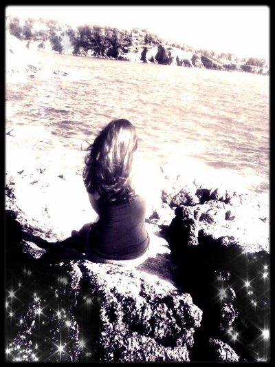 ~ La vie n'as pas de prix et pourtant qu'est ce qu'on en dépense.. ♥