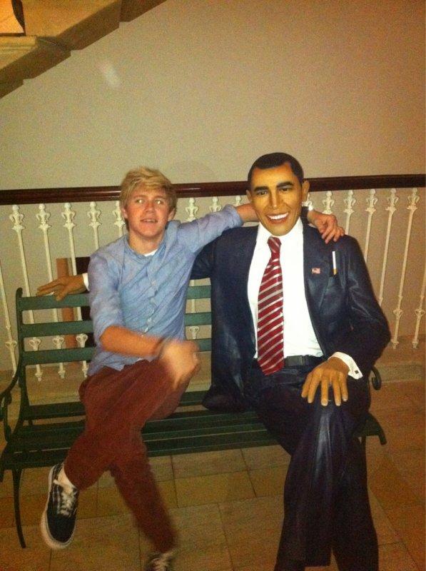 Article #1 Photo de Niall via un Tweet de Harry le 23 septembre.