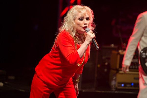 """Deborah Harry de Blondie : le statut d'icône, """"je m'y suis habituée"""""""