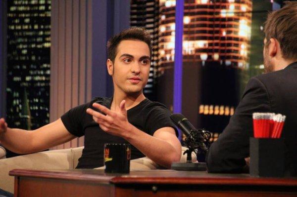 06.10.14 Roberto dans Le Dan Late Show