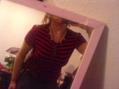 t shirt rouge