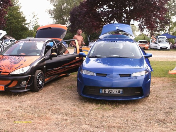 club bourbon 974 ou Meeting du Beach-Cars-Concept a Gron 20et21 07 2013