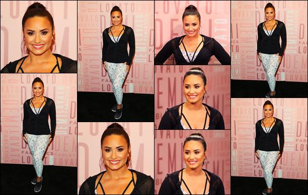 """"""" • 27/01/18   — Demi Lovato est allée présenter sa collection avec Fabletics au « Del Amo Fashion Center » en Californie !!Dem est donc aller au siège de la marque Fabletics afin de parler de sa nouvelle collaboration avec la marque de sport, elle est splendide.  """""""