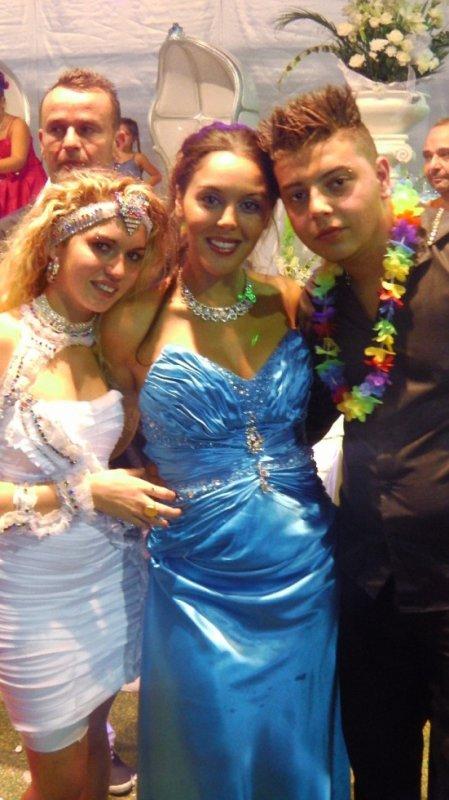 ma belle fille ma cousine victoria et mon fils au mariage de joan