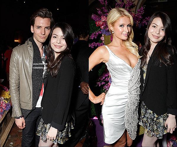 • 18/05/11 - Miranda T Cosgrove a été aperçue, fêtant son anniversaire avec ses amis à Los Angeles. • 17/05/11 - Miranda Cosgrove a été vue, à un événement pour la belle Paris Hilton dans Los Angeles