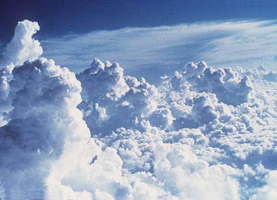 ★ Sì le vent pøusse les nuages, øn apeя¢evяa le søleìl ... ★