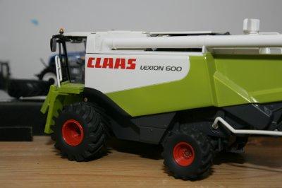 Lexion 600 pneus Basse Pression