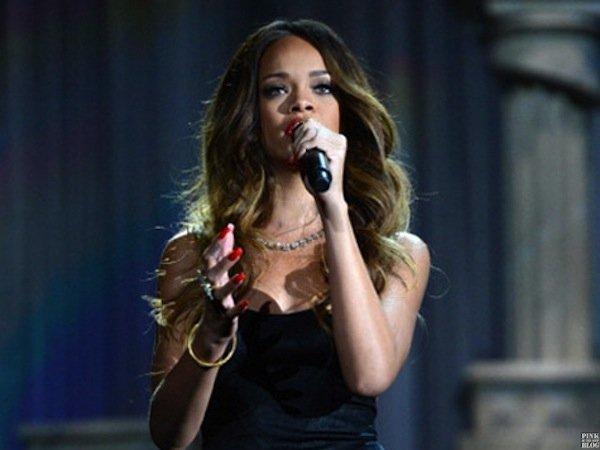 Mon modèle, Rihanna.♥