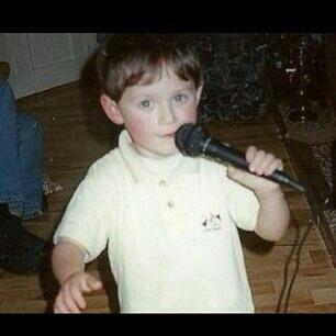 Niall petit!! <3<3
