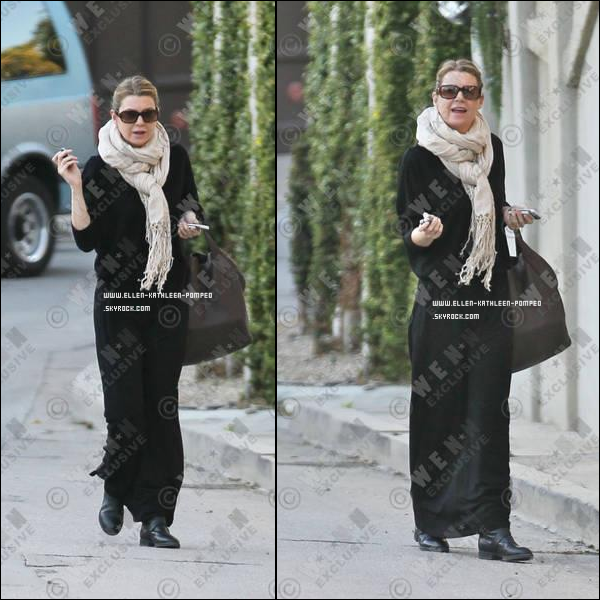 Le 12 Janvier 2012 - Ellen rentrant chez elle, à Los Angeles.