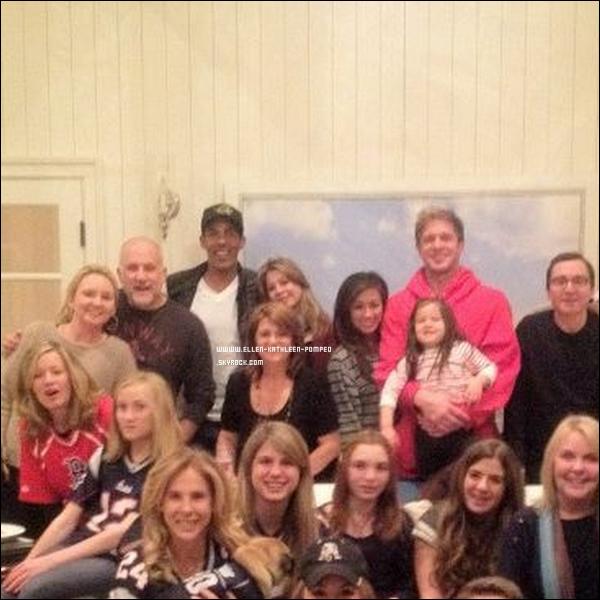 Le 15 Janvier 2012 - Ellen et son mari Chris ont assisté à une soirée privée donnée chez et par Maria Menounos, actrice, journaliste et présentatrice de télévision américaine. Celle-ci a posté une photo sur Twitter.