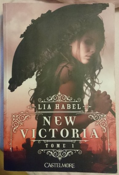 New Victoria de Lia Habel