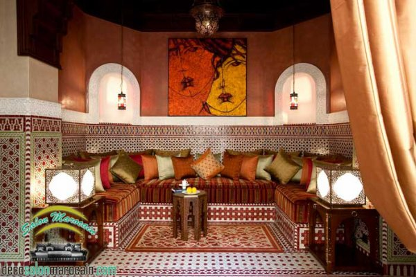 Antiquité pour un Salon marocain traditionnel 2017 - Top Salons ...